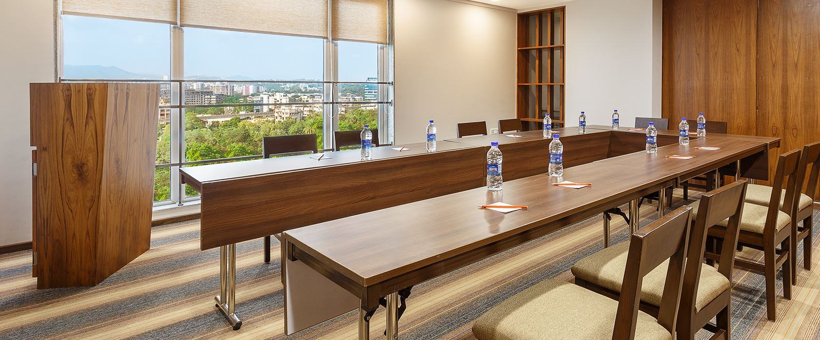 Ginger Hotels Mumbai Andheri Meeting Room
