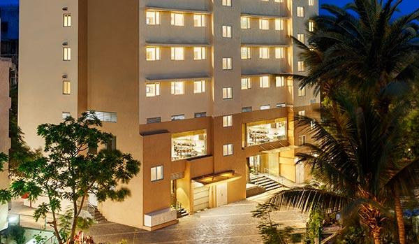 Convenient Modern Hotels In Mumbai
