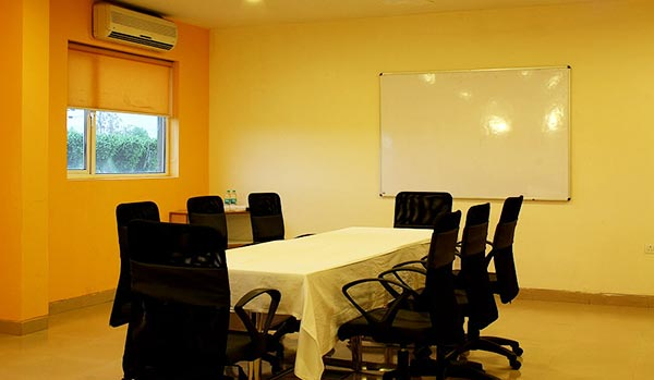 Comfortable Budget Hotels In Pantnagar