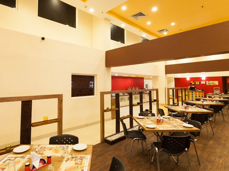 Dining Area at Ginger Ahmedabad (Vastrapur)