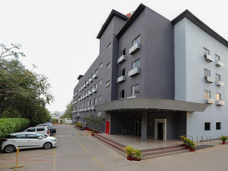 Frontview of Ginger nashik hotels