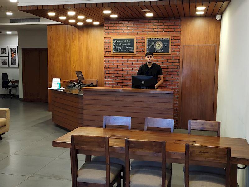 Front Desk at Ginger Mumbai Andheri MIDC