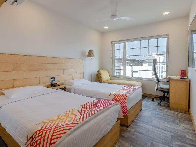 Room at Ginger Surat City Center