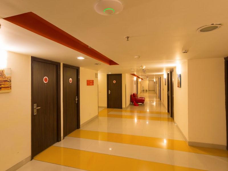 Lobby Area in Ginger Chennai (Tharamani, IITM)