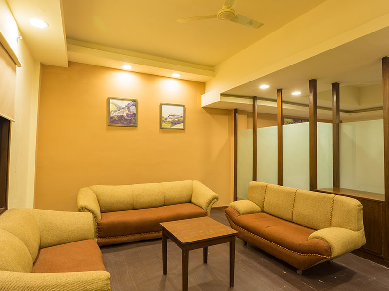 Lobby Seating Area at Ginger Katra