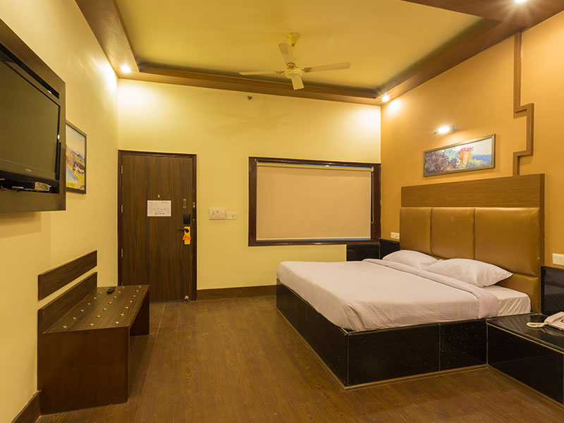 One Bed Room in Ginger Katra
