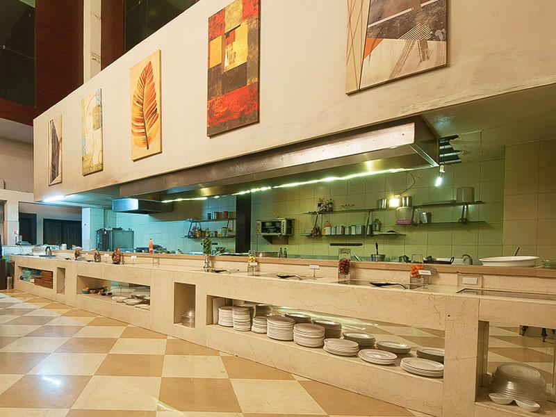 Restaurant at Ginger Gurugram