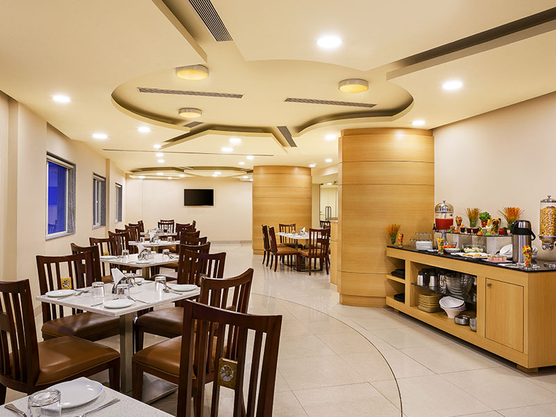 Restaurant at Ginger Vapi
