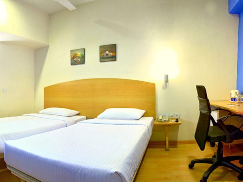 Room at Ginger Delhi RYN