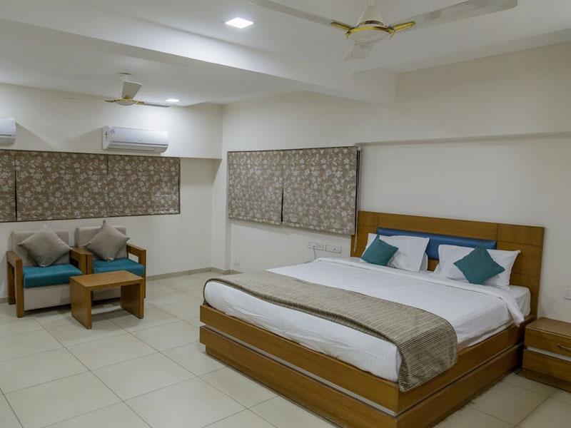 Superior Room at Ginger Ahmedabad (SG Road)