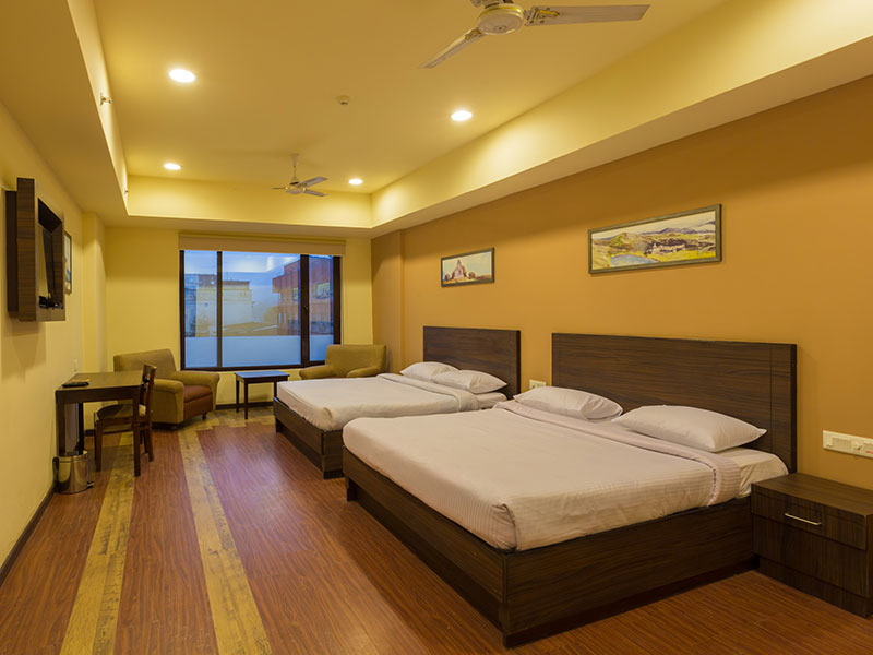 Twin Bed in Ginger Katra