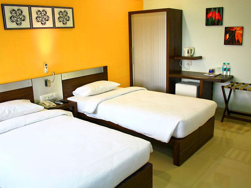 Twin Room at Ginger Manesar