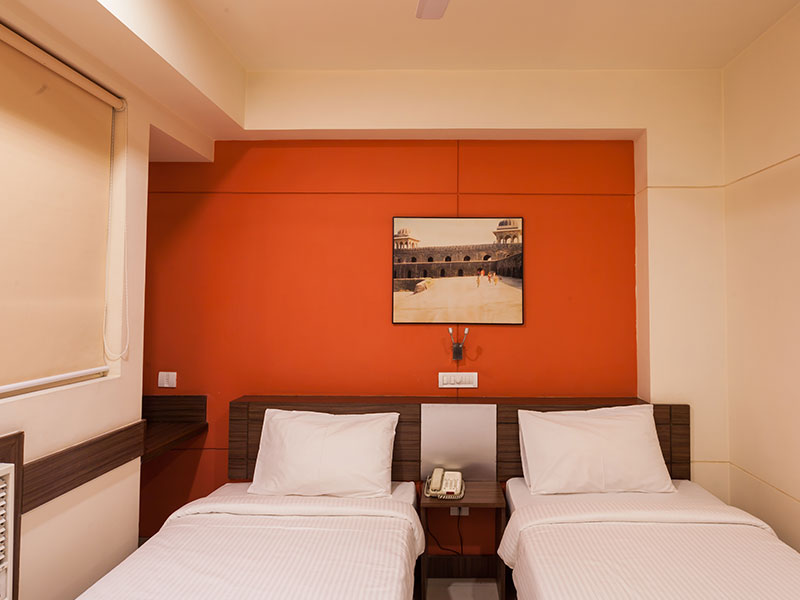 Twin Room in Ginger Indore