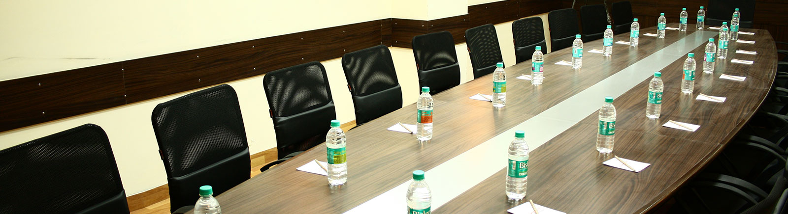 Ginger Manesar Hotel Services & Facilities